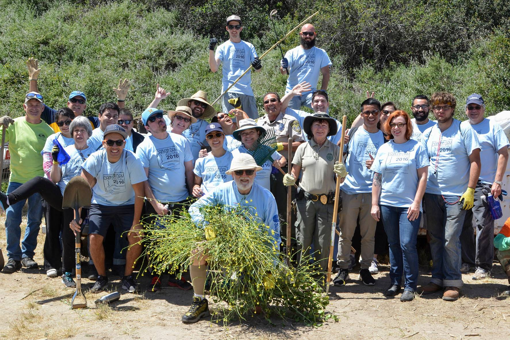Volunteers from San Diego Mesa College and the surrounding community will be returning to Tecolote Canyon on April 22 for the annual Canyon Day cleanup event.