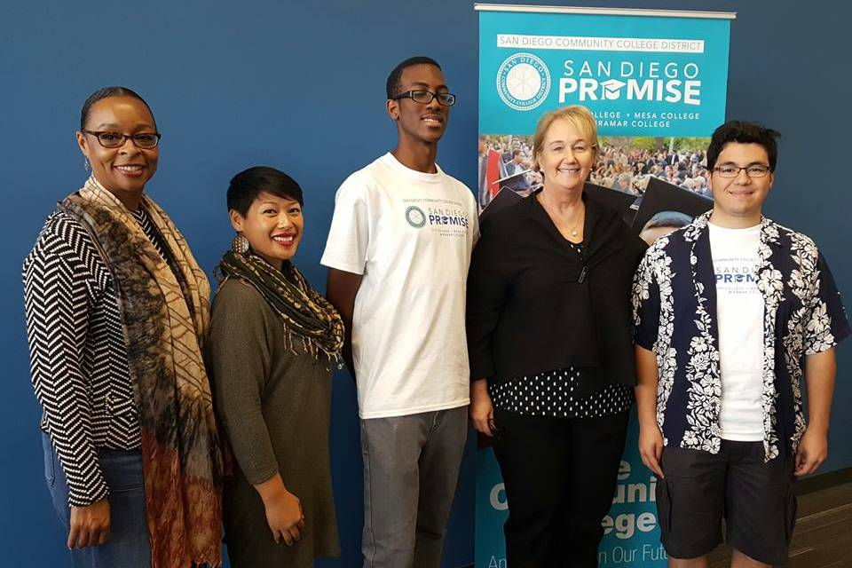 San Diego Community College District announced that it will be expanding its San Diego Promise program from 200 students to 800 students for the 2017-2018 college academic year during a press conference at San Diego Mesa College on Dec. 6.